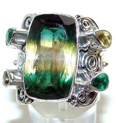 Kristali - drago i poludrago kamenje - Page 3 Fluoeritequartz